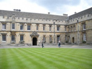 oxford-college-112840_640